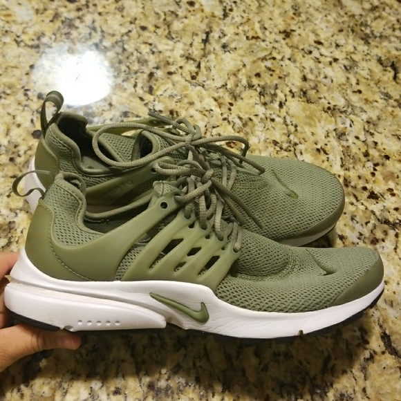 new arrival 995d0 f8ee9 ... Palm Green  RSV WOMENS NIKE AIR PRESTO 878068-302 ...